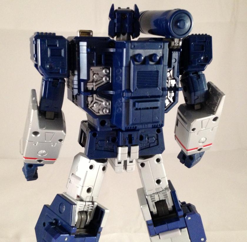 robot mode detailing back